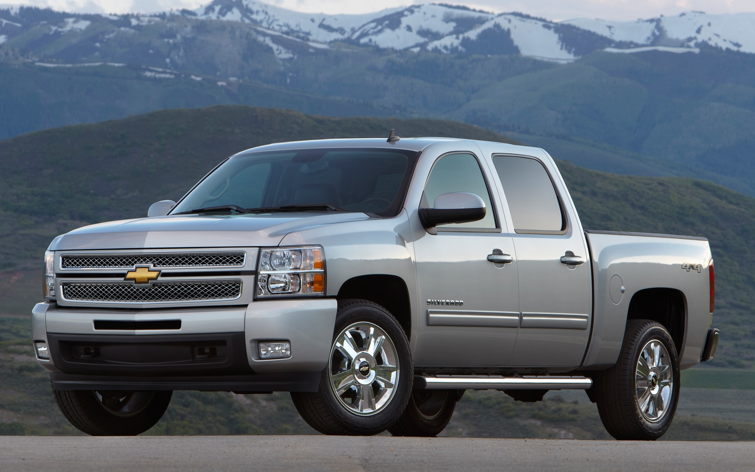 2012 Chevrolet Silverado Gets with New Appearance Packages, Wi-Fi