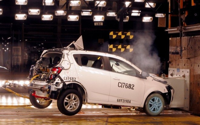 2012 Chevrolet Sonic Crash Test1 660x413