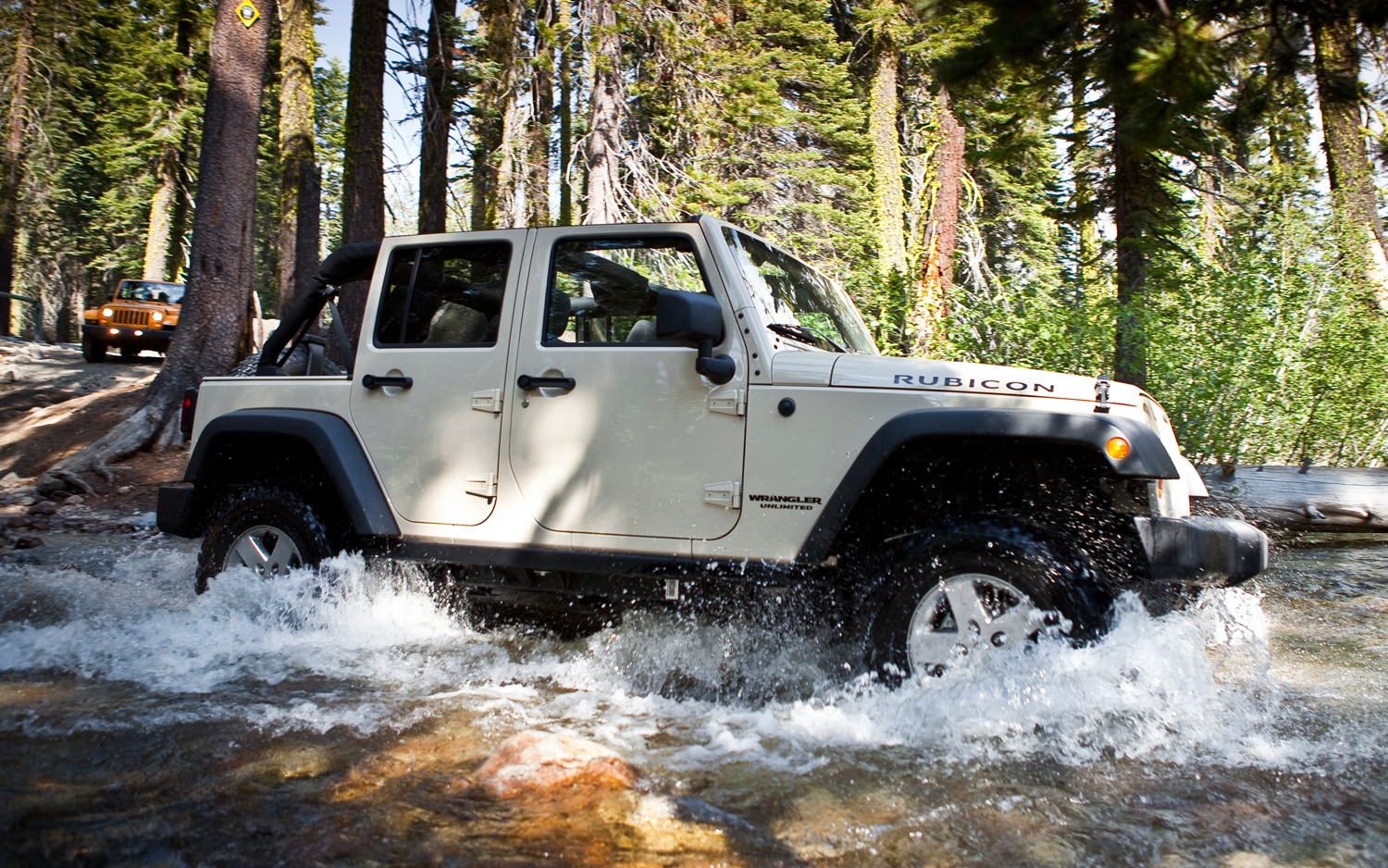 2012 Jeep Wrangler Unlimited Side View In Water