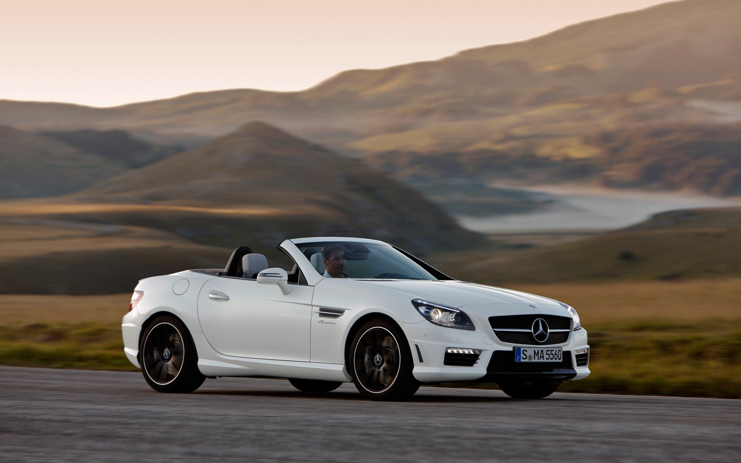 Officially fast mercedes benz announces slk55 amg roadster for Fastest mercedes benz amg