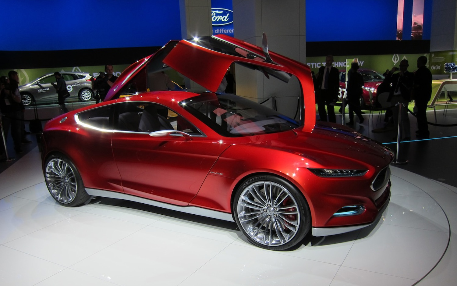 Ford Evos Concept Profile1