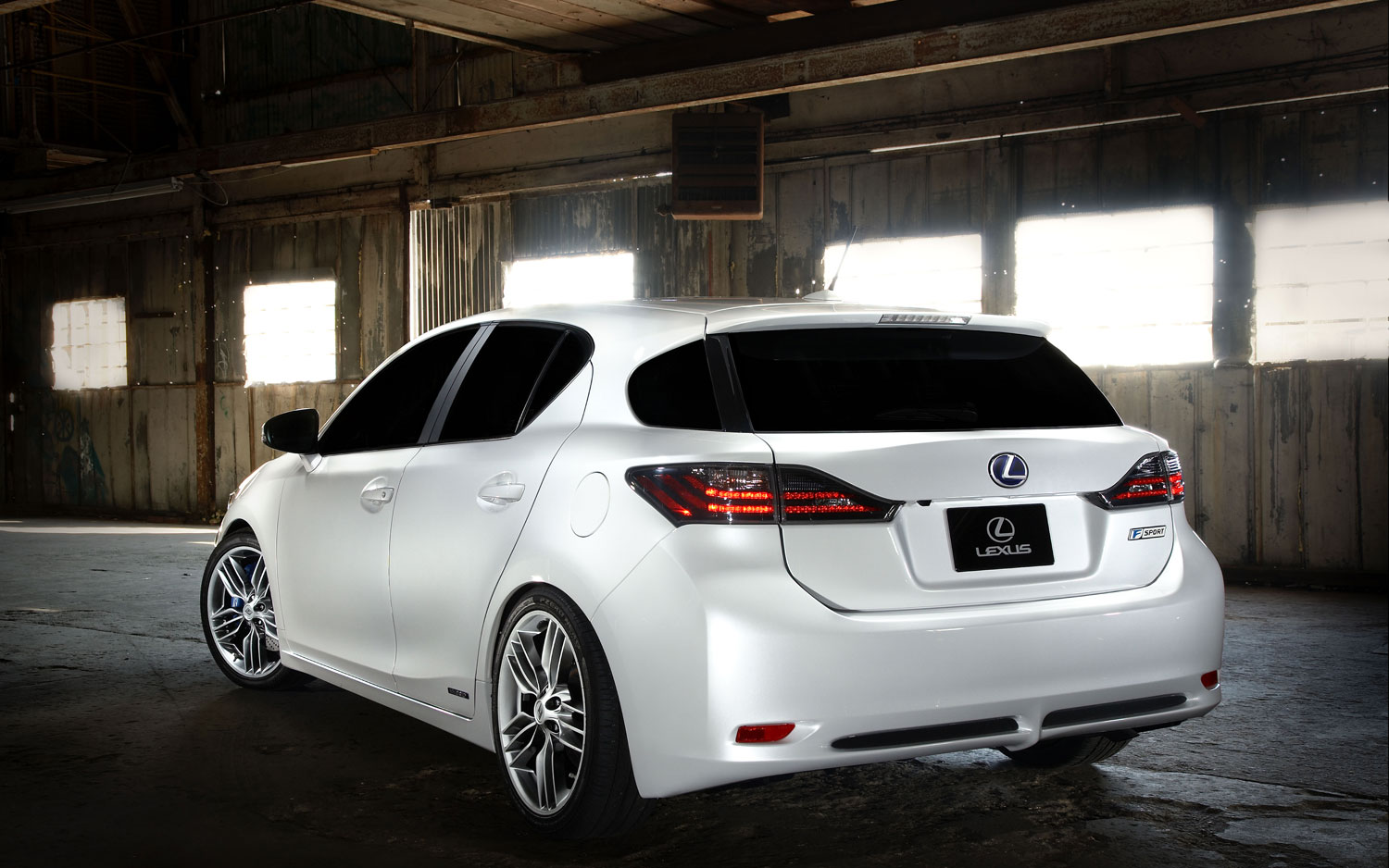 Lexus CT 200h F Sport Concept Rear Three Quarter1
