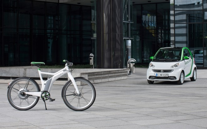 Smart Fortwo Electric Drive And Ebike1 660x413