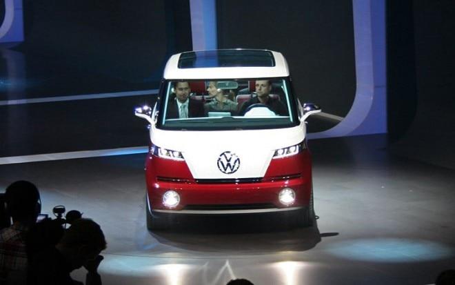 Volkswagen Bulli Concept Front View1 660x413