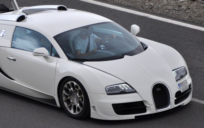 Bugatti Super Grand Sport Spy Shot 660x413