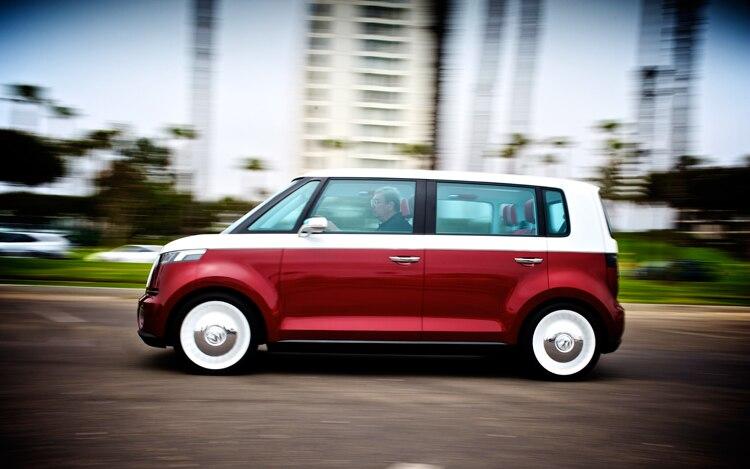 Volkswagen Bulli Left Side View