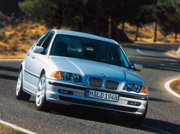 2002 2005 BMW 3 Series 608x453