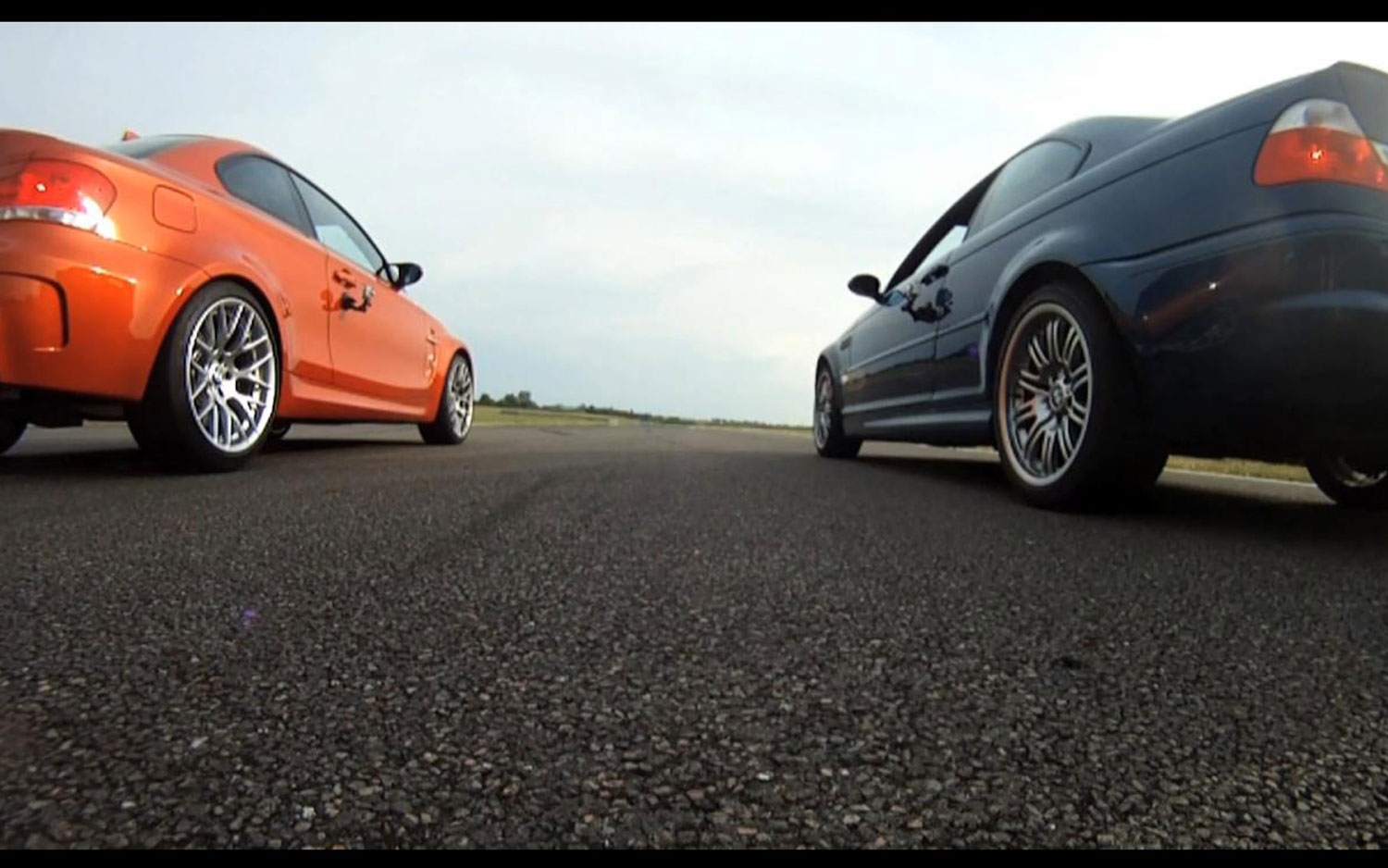 2011 BMW 1M And BMW M3 E46 Dragrace1