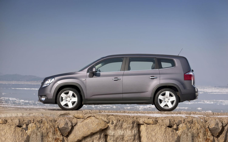 2012 Chevrolet Orlando Arrives In Canadian Showrooms Next Week