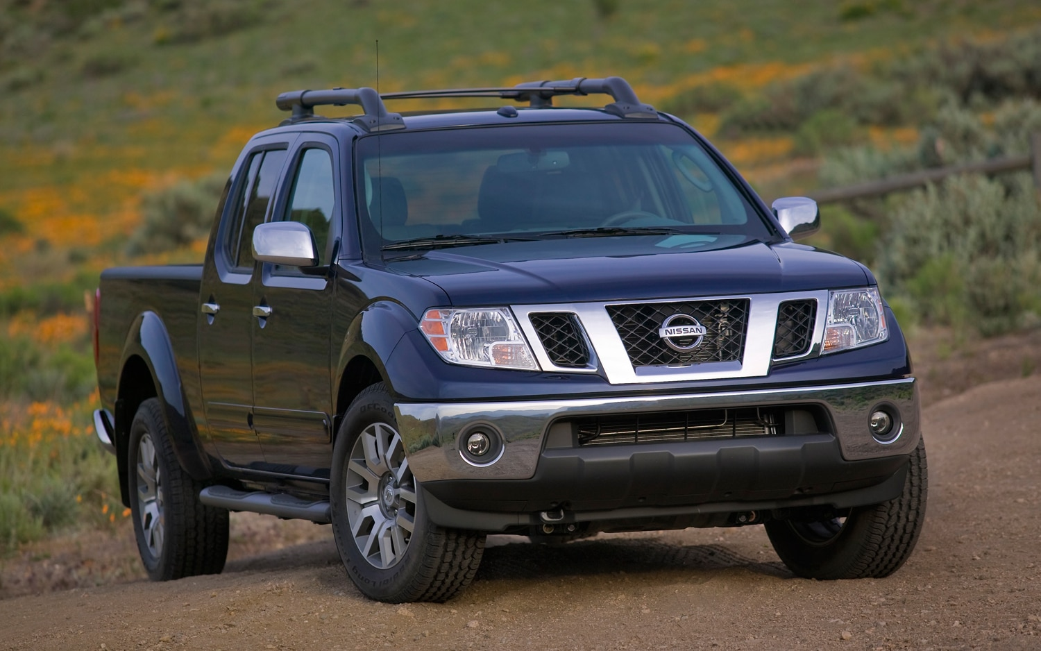 2011 Nissan Frontier Front Three Quarter1