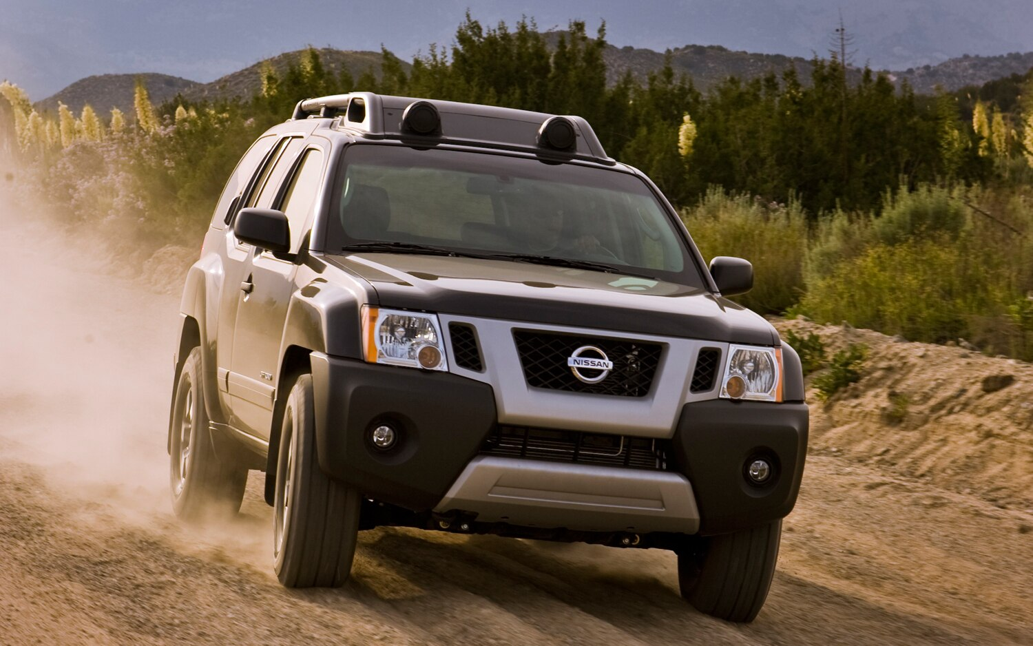 pricing announced for 2012 nissan frontier pathfinder and xterra. Black Bedroom Furniture Sets. Home Design Ideas