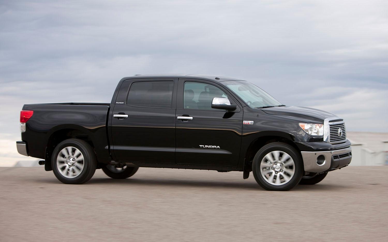 toyota tweaks 2012 tundra pickup. Black Bedroom Furniture Sets. Home Design Ideas