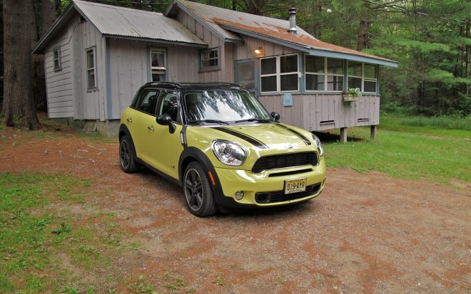 2011 Mini Cooper S Countryman ALL4 Cabin1 660x413