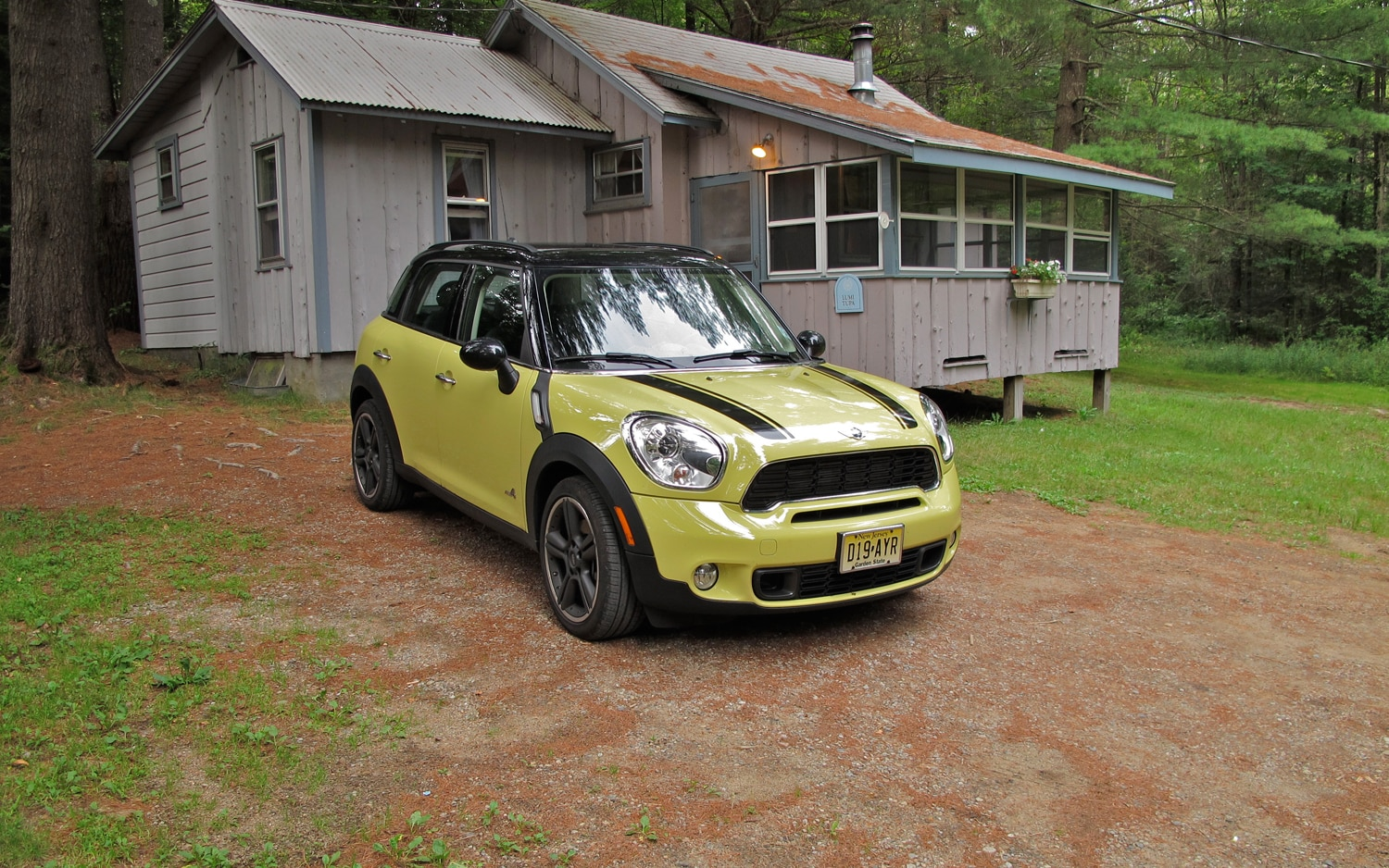 2011 mini cooper s countryman all4 four seasons update september 2011 automobile magazine. Black Bedroom Furniture Sets. Home Design Ideas