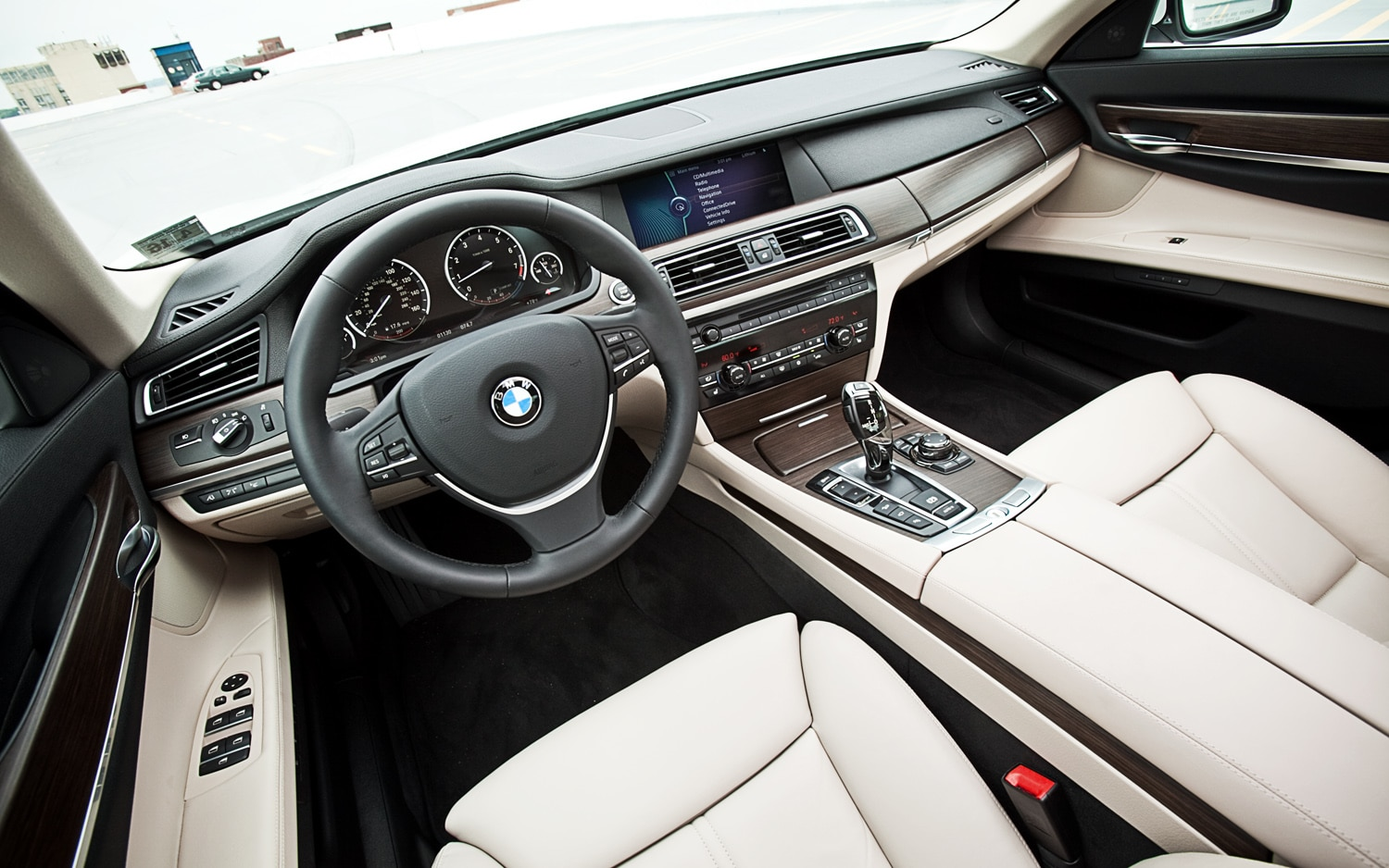 review drive bmw car carsguide first series reviews