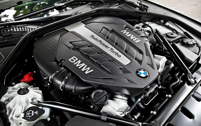 2012 BMW 750 Li XDrive Sedan