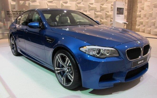 2012 BMW M5 Front Three Quarters View1 660x413