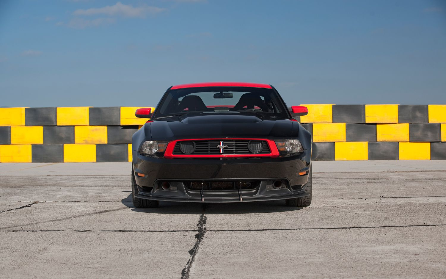 2012 Ford Mustang Boss 302 Laguna Seca Front End1