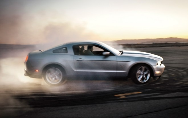 2012 Ford Mustang Profile1 660x413