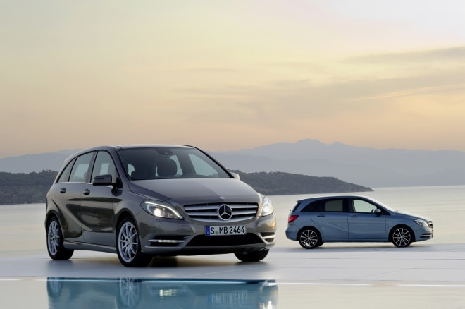 2012 Mercedes Benz B Class Front Bronze Profile Blue1 660x438