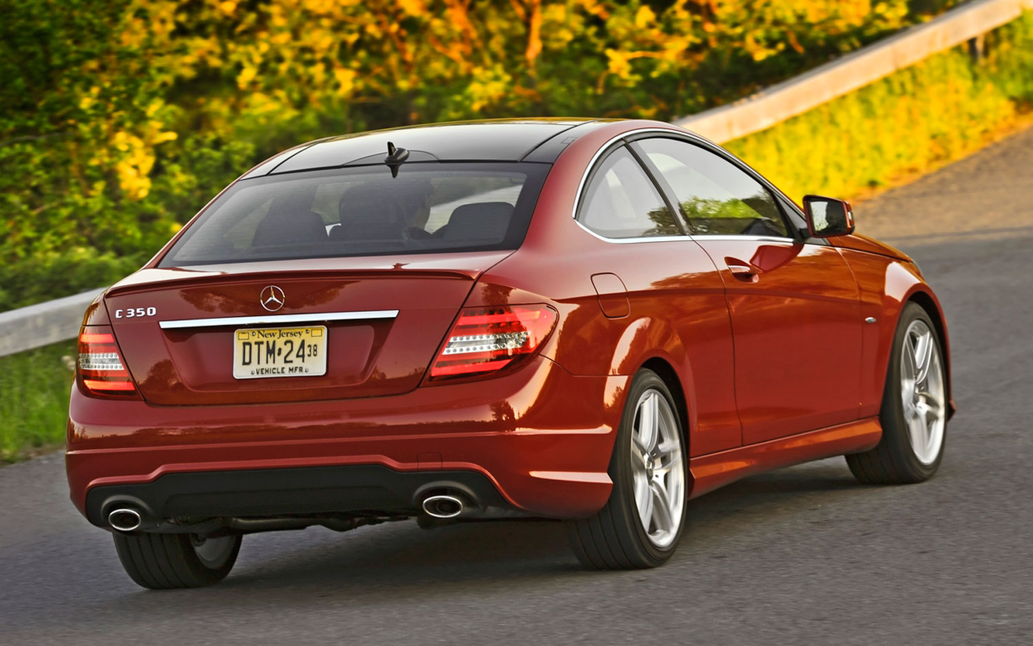 Feature flick 2012 mercedes benz c class coupe breaks the for Mercedes benz c350 2012