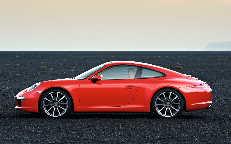 2012 Porsche 911 Carrera Left Side View2