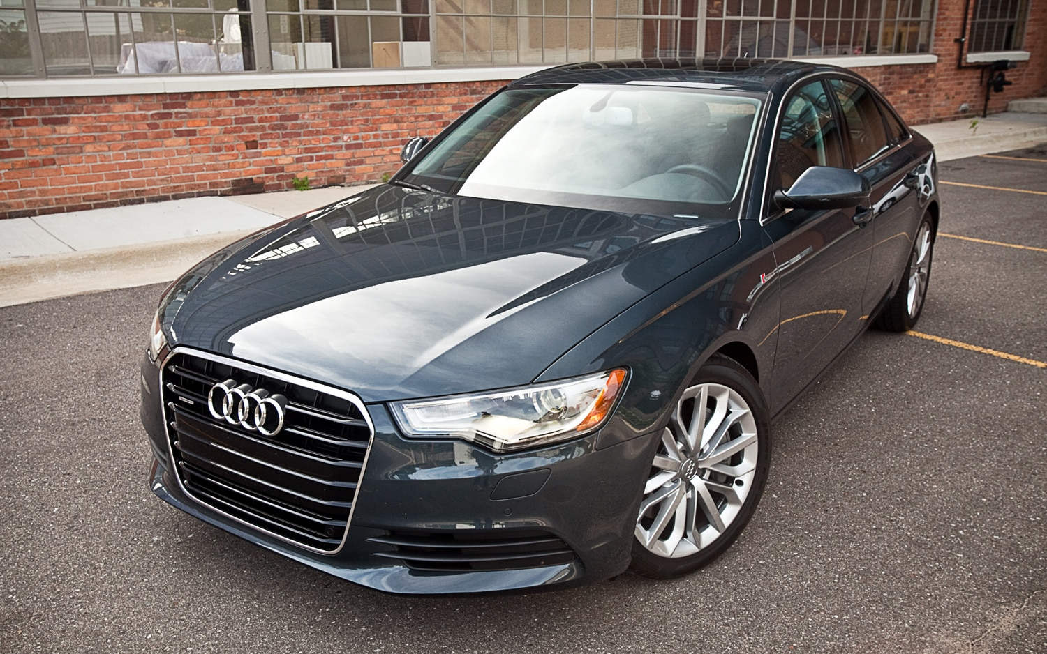 2012 Audi A6 Front Left Side View2