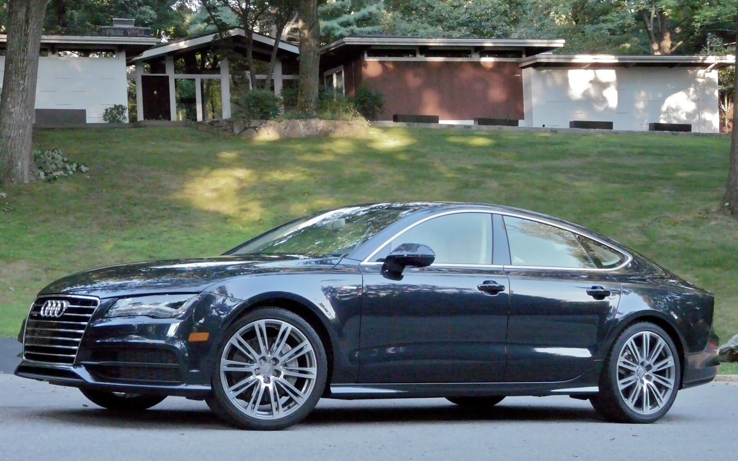 2012 Audi A7 Left Side View2