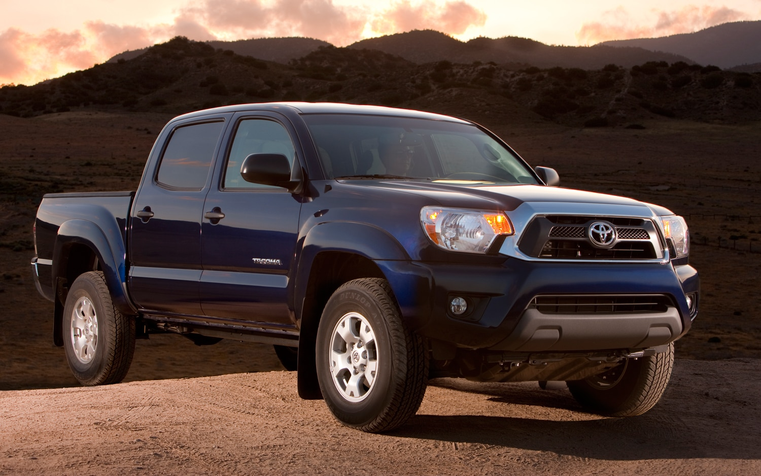 2012 Toyota Tacoma Passengers Three Quarters View2