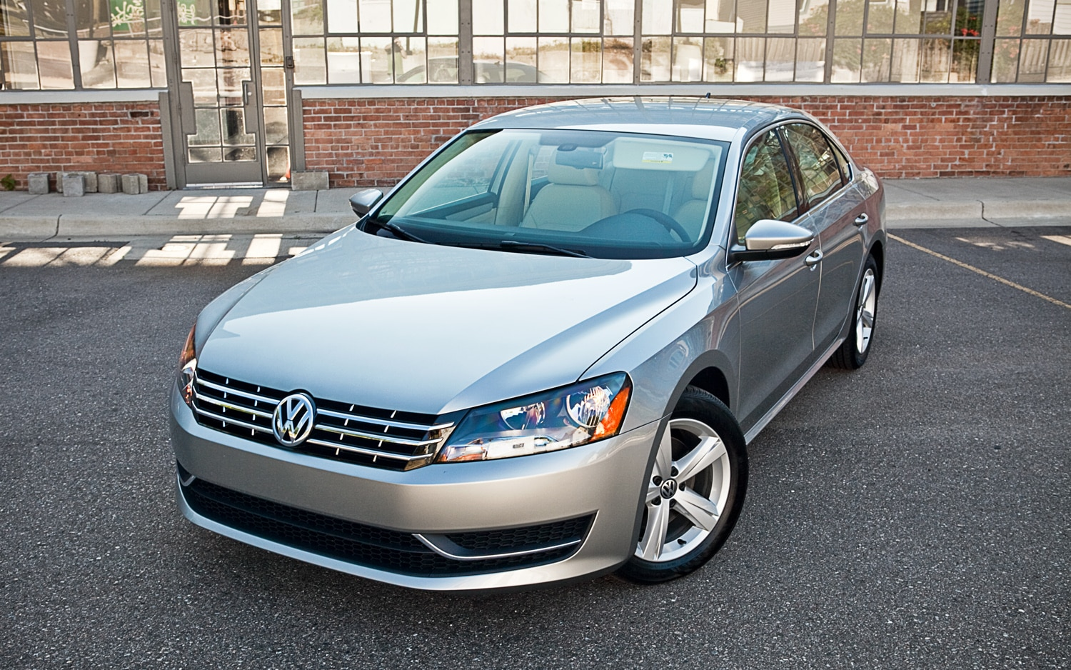 2012 Volkswagen Passat Se Editors Notebook Automobile Magazine