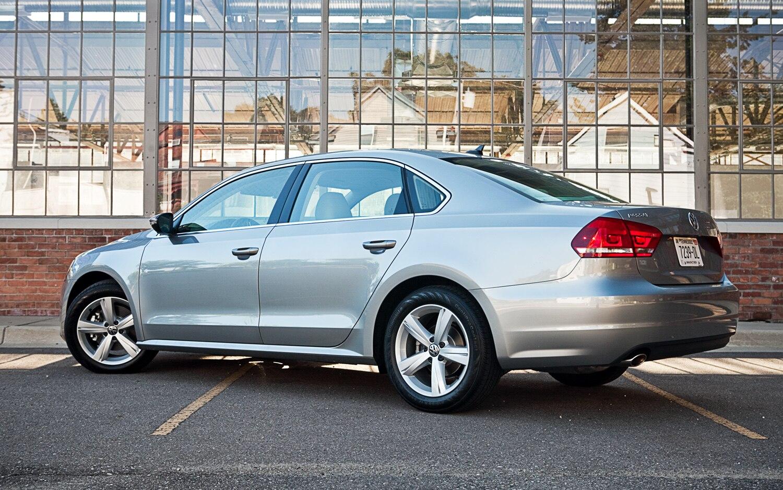 2012 Volkswagen Passat Se Editors Notebook Automobile