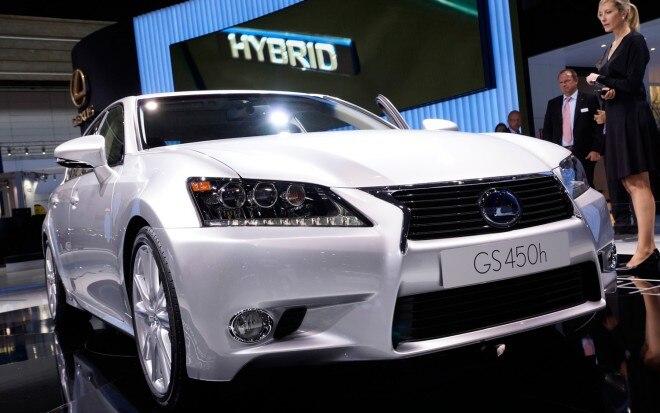 2013 Lexus GS450h Front View1 660x413