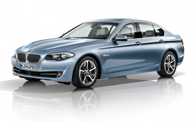 BMW ActiveHybrid 5 Front Three Quarter1 660x413
