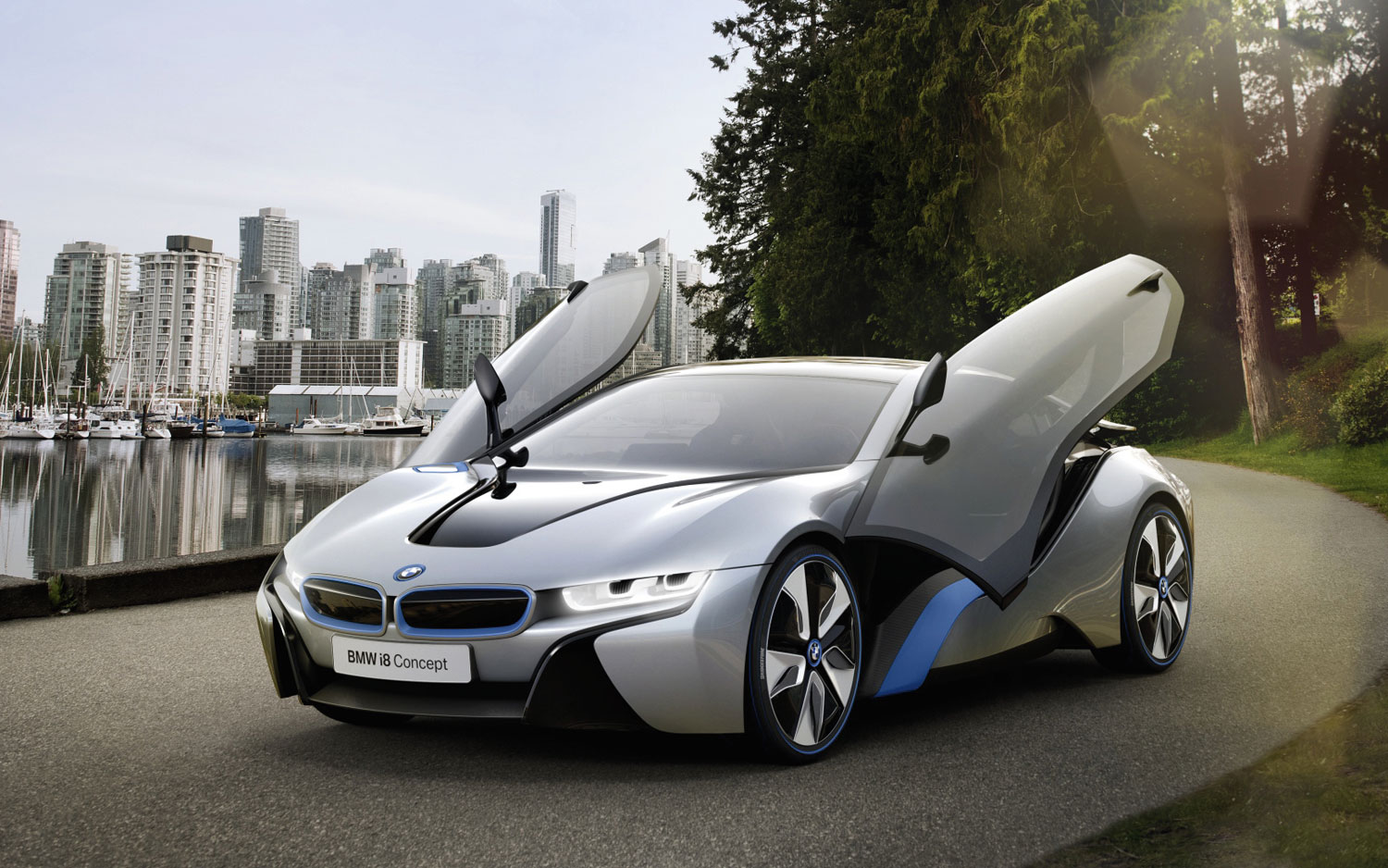 BMW I8 Concept Front Three Quarter1