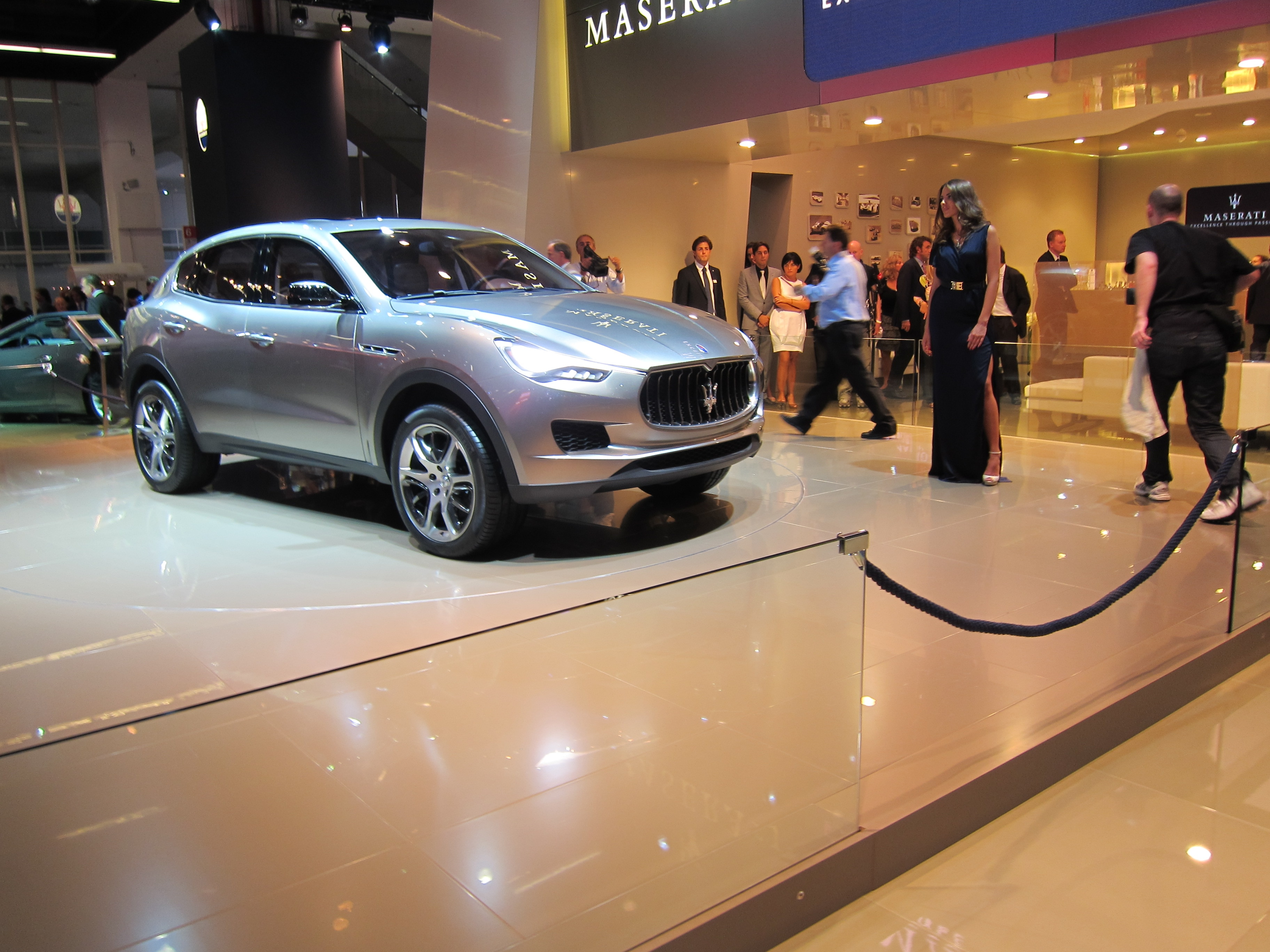 Maserati Kubang Front Three Quarter 21