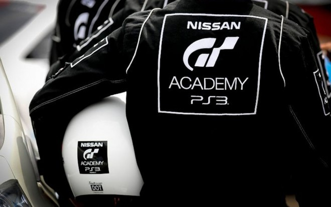 Nissan GT Academy Nomex And Helmet1 660x413