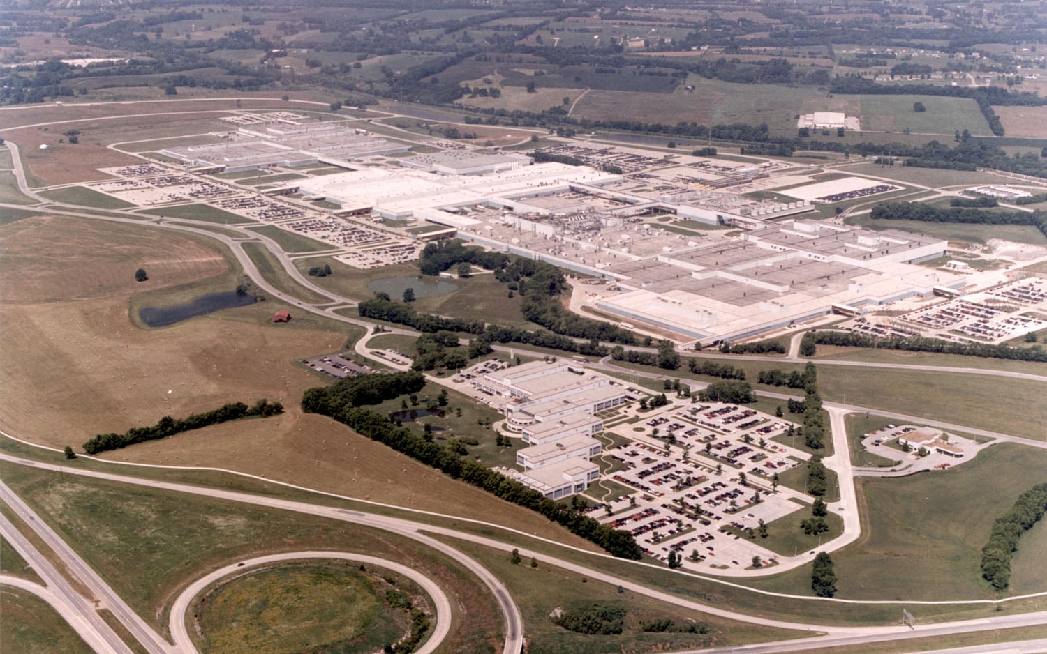 Spring Hill Assembly Plant Aerial View1