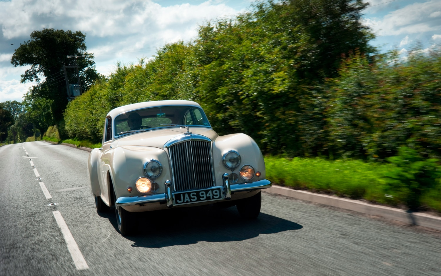 Bentley R Type Continental Front View2