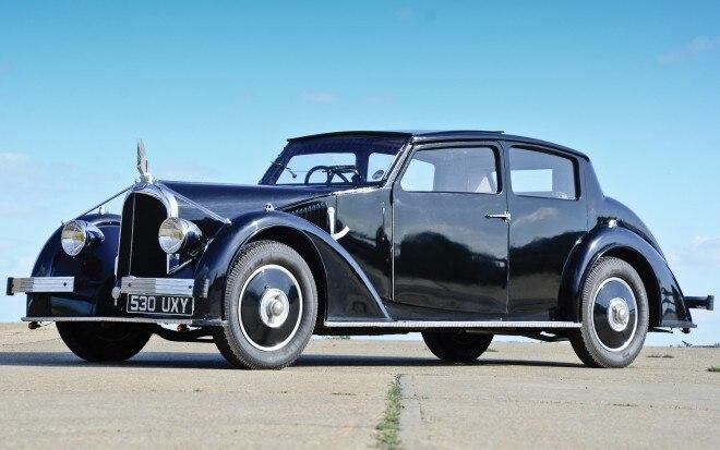 1935 Voisin C25 Cimier Coupe Front View1 660x413