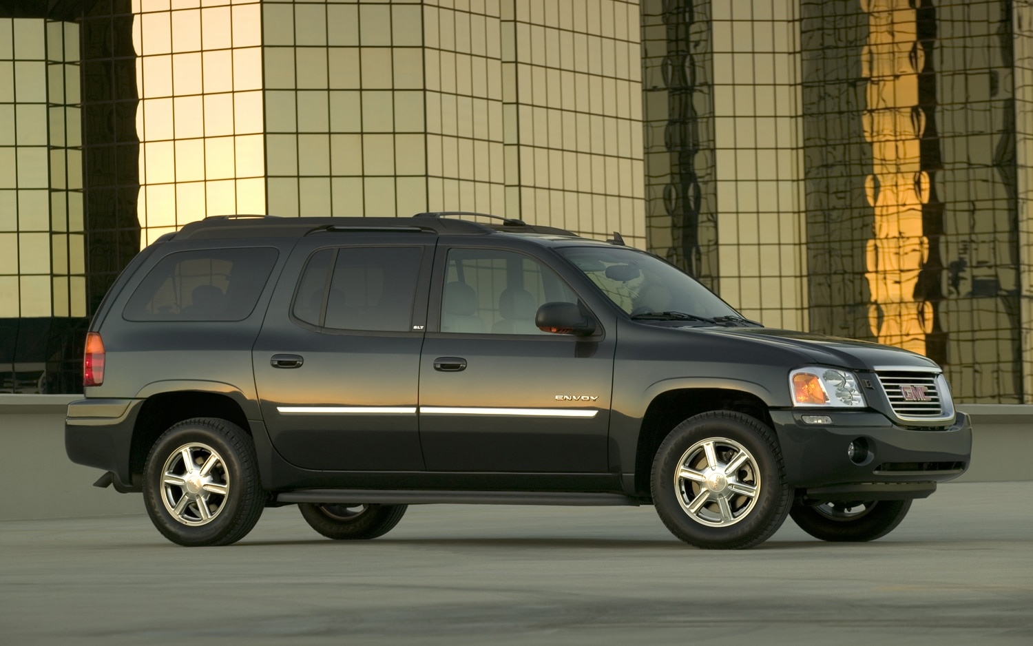 2006 GMC Envoy Profile1