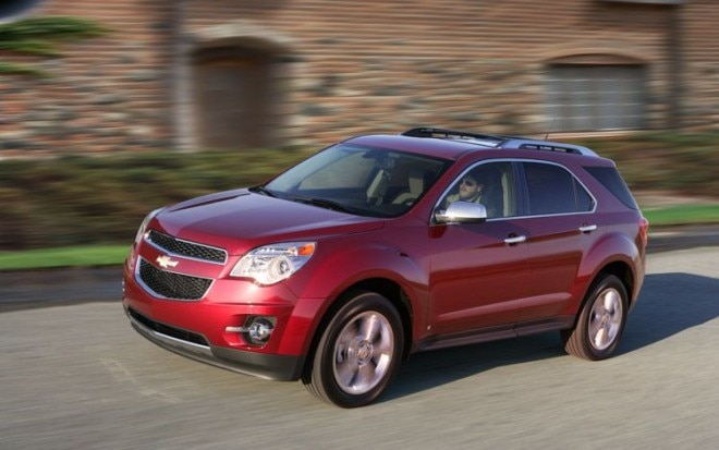 2010 Chevrolet Equinox Front Three Quarter 660x413