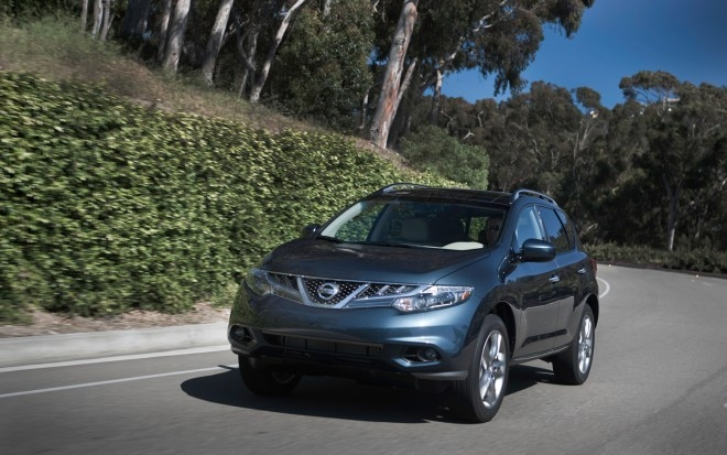 2011 Nissan Murano SL AWD Front Left Side View2 660x413