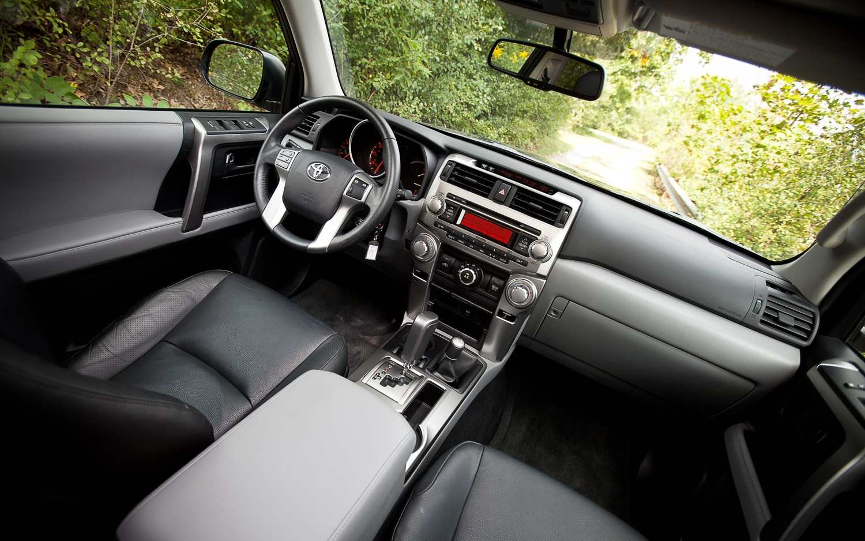 2011 Toyota 4runner Sr5 4x4 Editors 39 Notebook Automobile Magazine