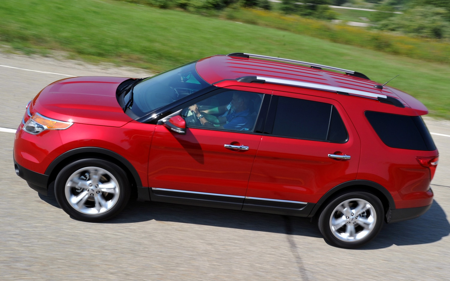 2012 Ford Explorer Top View1