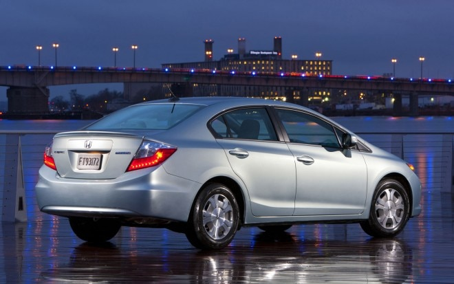 2012 Honda Civic Hybrid Rear Three Quarter1 660x413