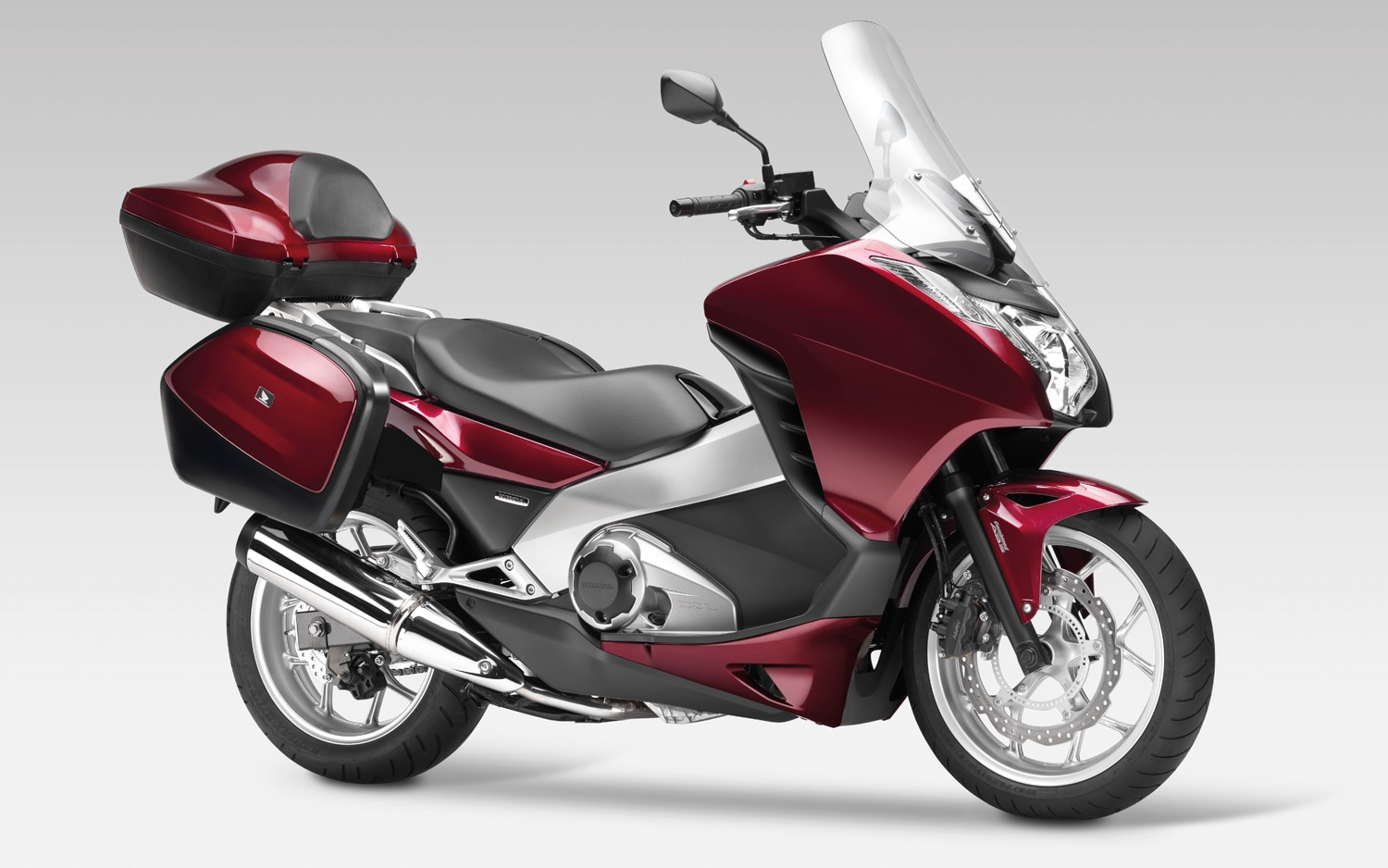 2012 Honda Integra Touring Motorcycle Side View11