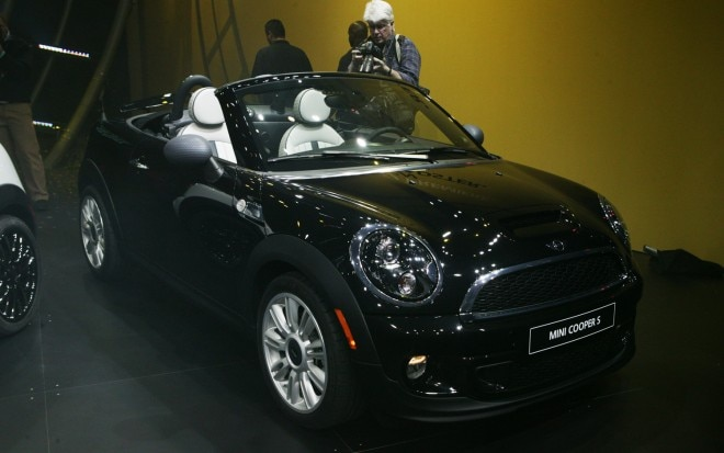 2012 Mini Roadster Front View1 660x413