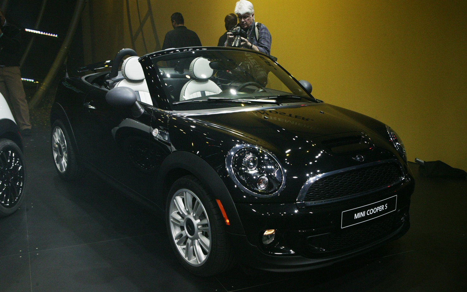 2012 Mini Roadster Front View1