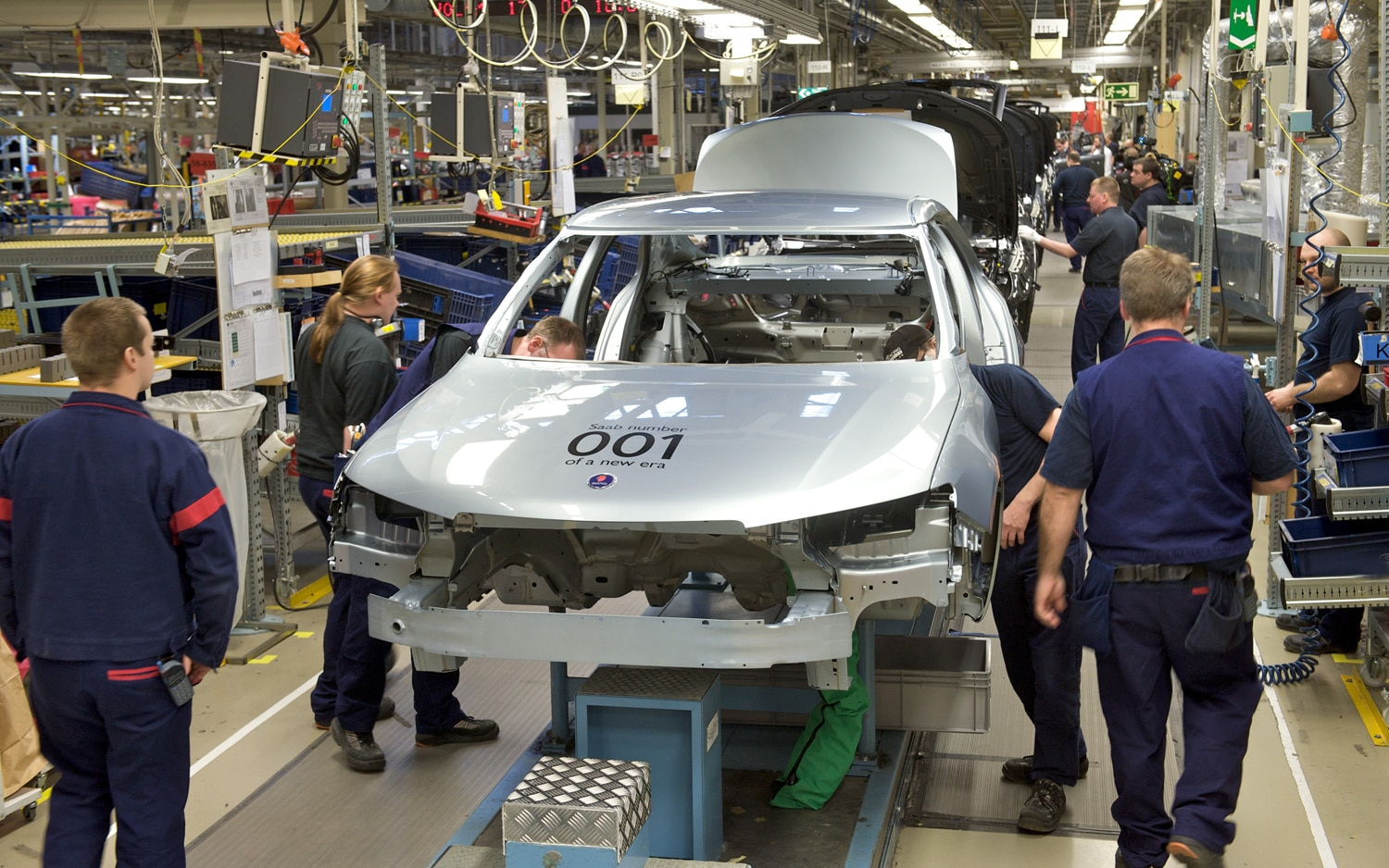 2012 Saab 9 5 Assembly Line1