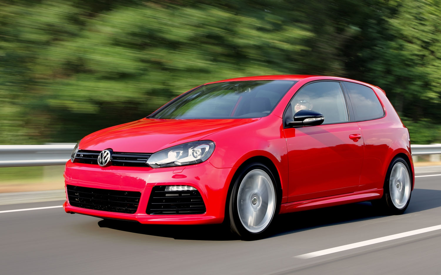 2012 VW Golf R Front Three Quarter Red1